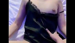 Viet Nam -Teen girl body đẹp, rên theo từng cú nhấp