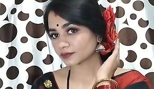 Indian Dame Sucking Nipper Dick