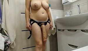 Sexy mummy wants around drill their way slave helter-skelter a huge cock