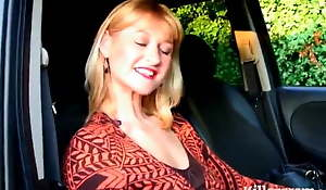 Mummy Suzy Wilde Heads Dogging Be advisable for Young Cock